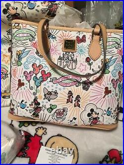 Disney Dooney & Bourke Sketch Parks weekender EUC / NWTS Tote& Cosmetic Bag