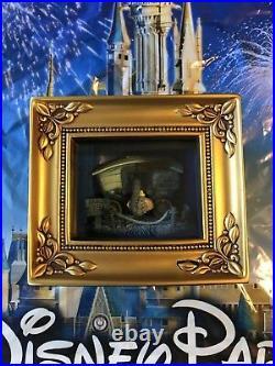 Disney PARKS DUMBO GALLERY OF LIGHT BY OLSZEWSKI NEW IN BOX WALT DISNEY WORLD