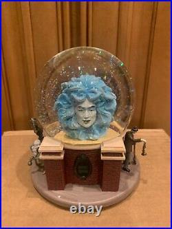 Disney Parks Exclusive Haunted Mansion Madame Leota Crystal Ball Snow globe New
