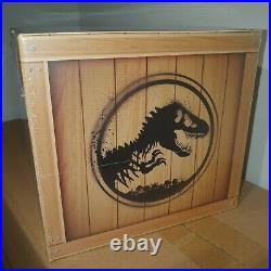 Jurassic Park Adventure Kit Doctor Collector With Replica Dinosaur Claw & Cap