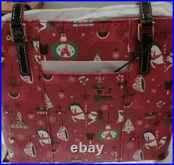 NEW Disney Parks Dooney & Bourke 2019 Christmas Holiday PASSHOLDER TOTE Bag